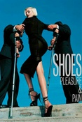 Shoes : pleasure and pain